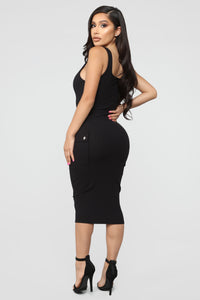 Out Of My Control Midi Dress - Black Angle 4