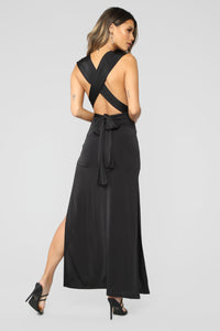 Exaggerated In Style Maxi Dress - Black