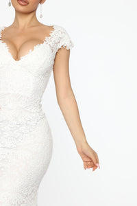The Big Day Lace Maxi Gown - White Angle 3