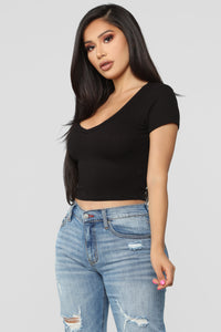 Chloe Ribbed Top - Black
