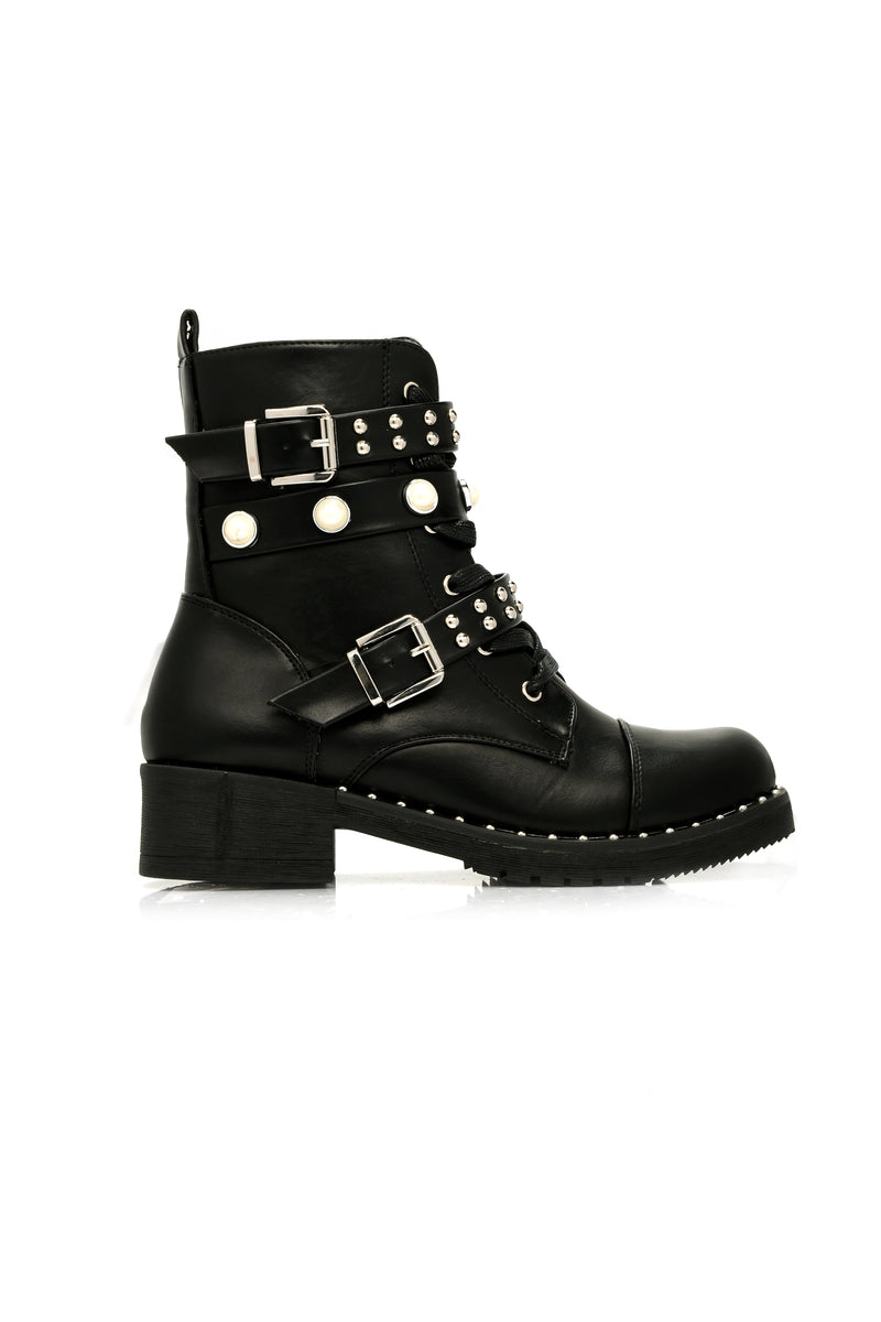 Combat Chic Boot - Black