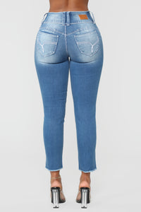 Finessing Mid Rise Ankle Jeans - Medium Blue Wash