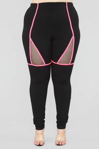 Larger Than Life Set - Black/Neon Fuchsia