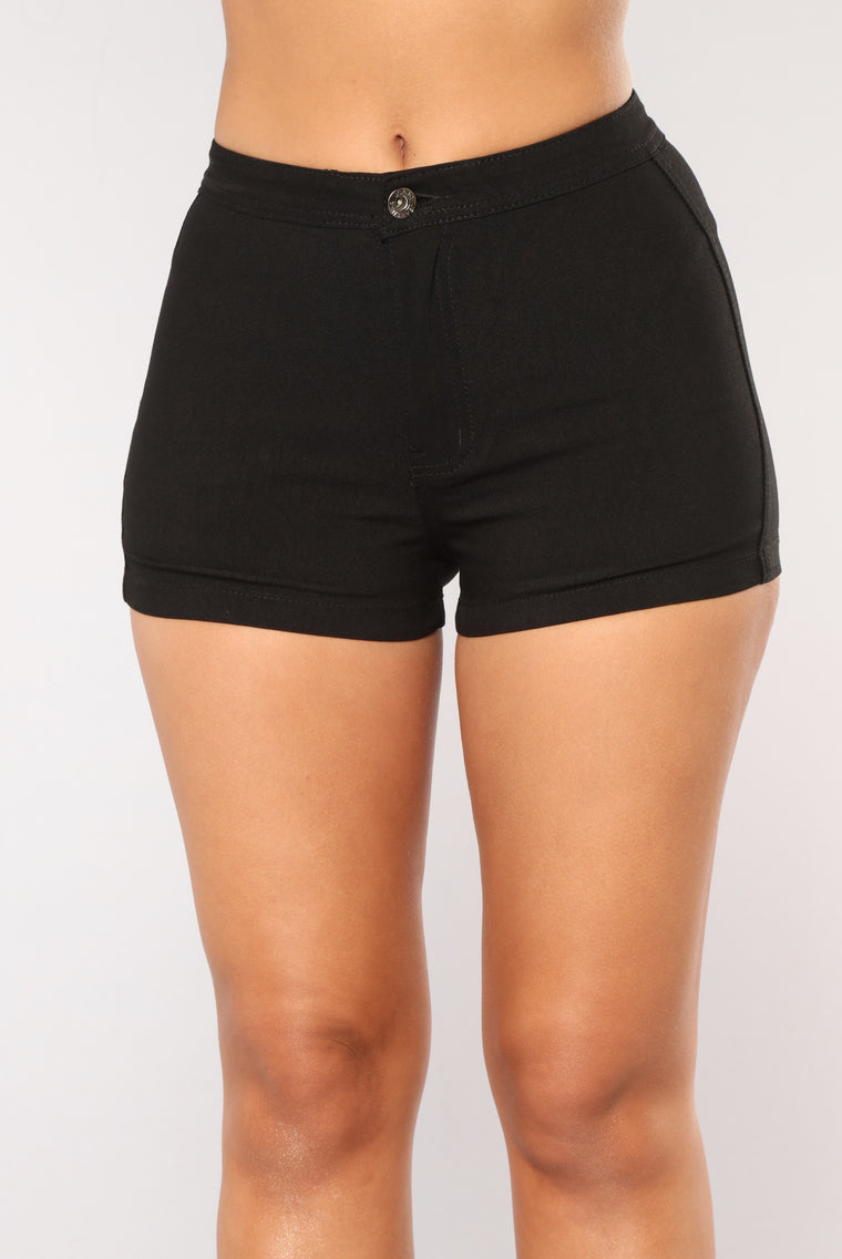 Daily Essential Shorts - Black