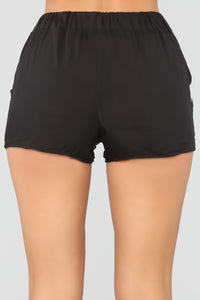 Find Your Love High Rise Printed Shorts - Black