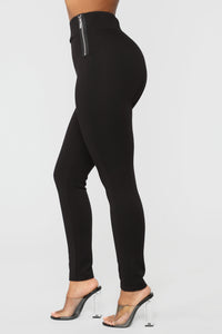 Oh So Kate Pants - Black Angle 1
