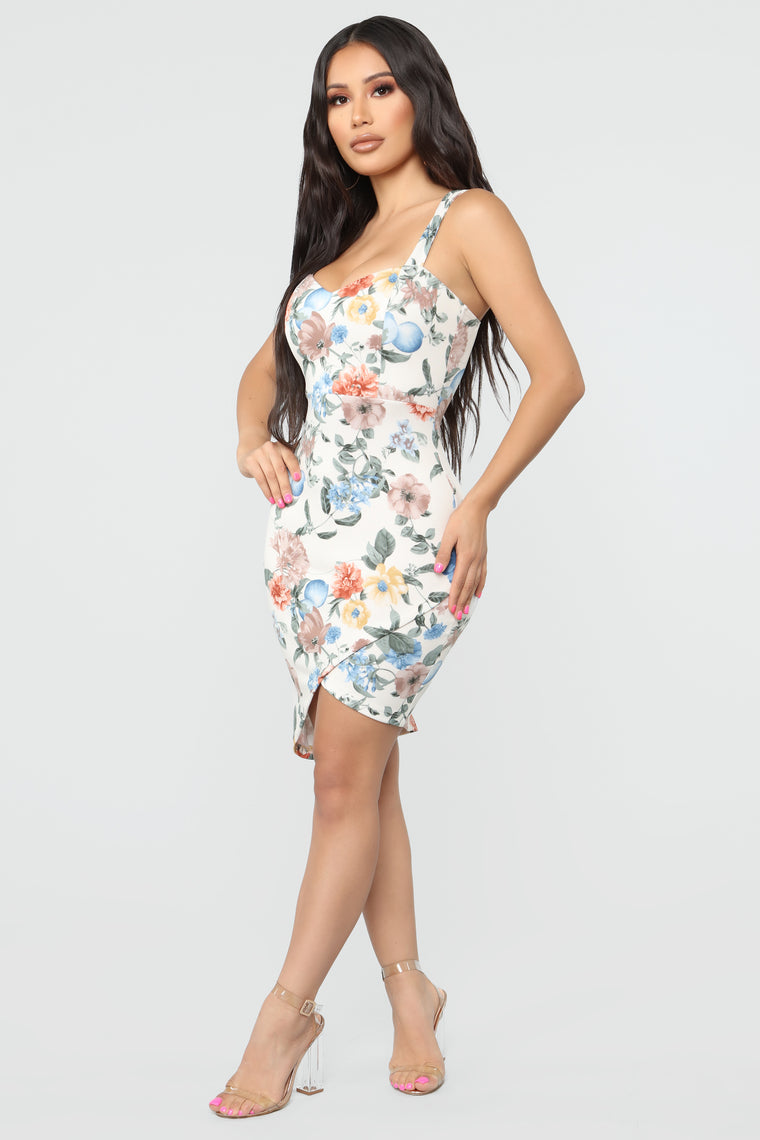 Beautiful Flowers Floral Midi Dress - Ivory Combo