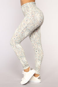 Elise Performance Leggings - Taupe