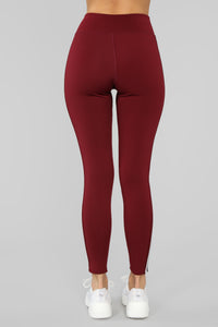 In The Game Active Legging - Burgundy Angle 6