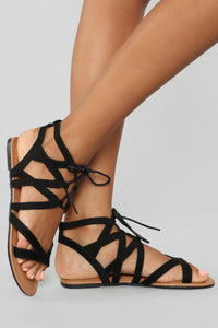 On Standby Flat Sandals - Black