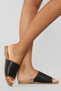 Not Letting Go Flat Sandals - Black Angle 1