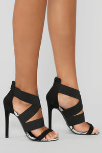 Figure It Out Heeled Sandals - Black/White Snake