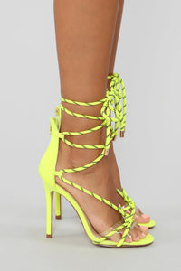 Move It Heeled Sandal - Neon Yellow