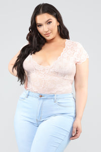 Seven Days A Week Lace Bodysuit - Rose