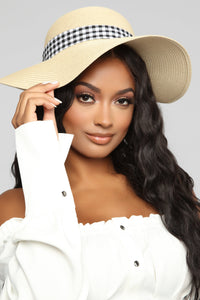 Beachy And Classy Hat - Ivory