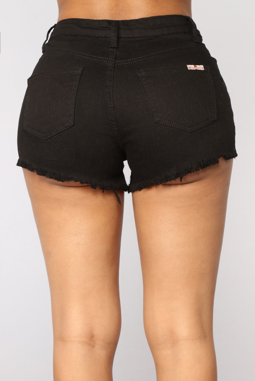 Pearls With A Twist Denim Shorts - Black