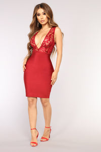 Brienne Bandage Dress - Burgundy