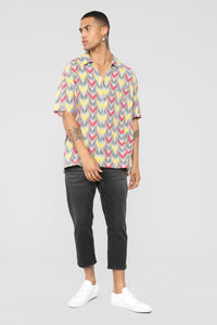 Arrows Short Sleeve Woven Top - Yellow/combo