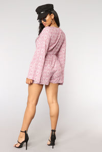 Boardwalk Print Romper - Plum