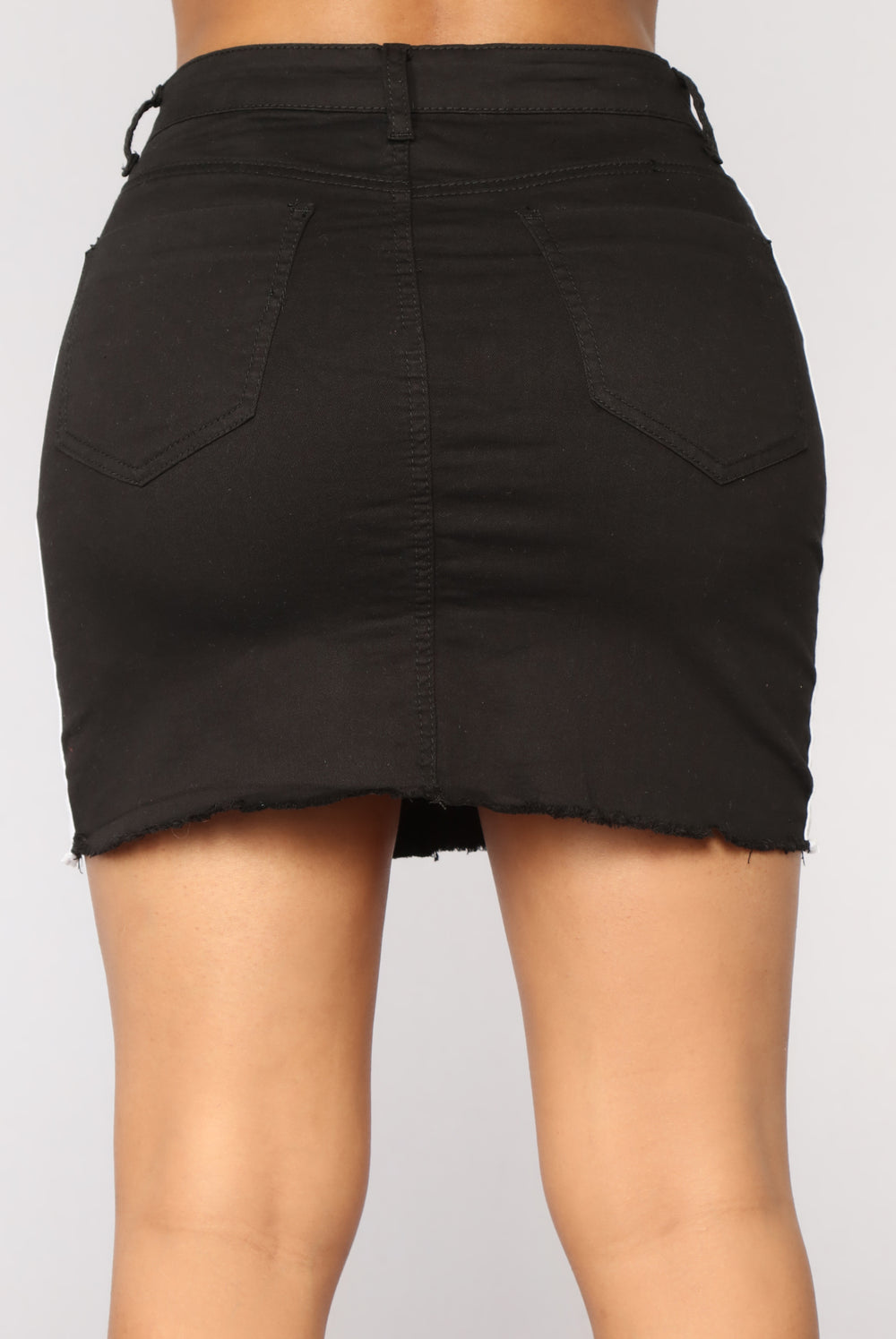 Side Eye You Skirt - Black