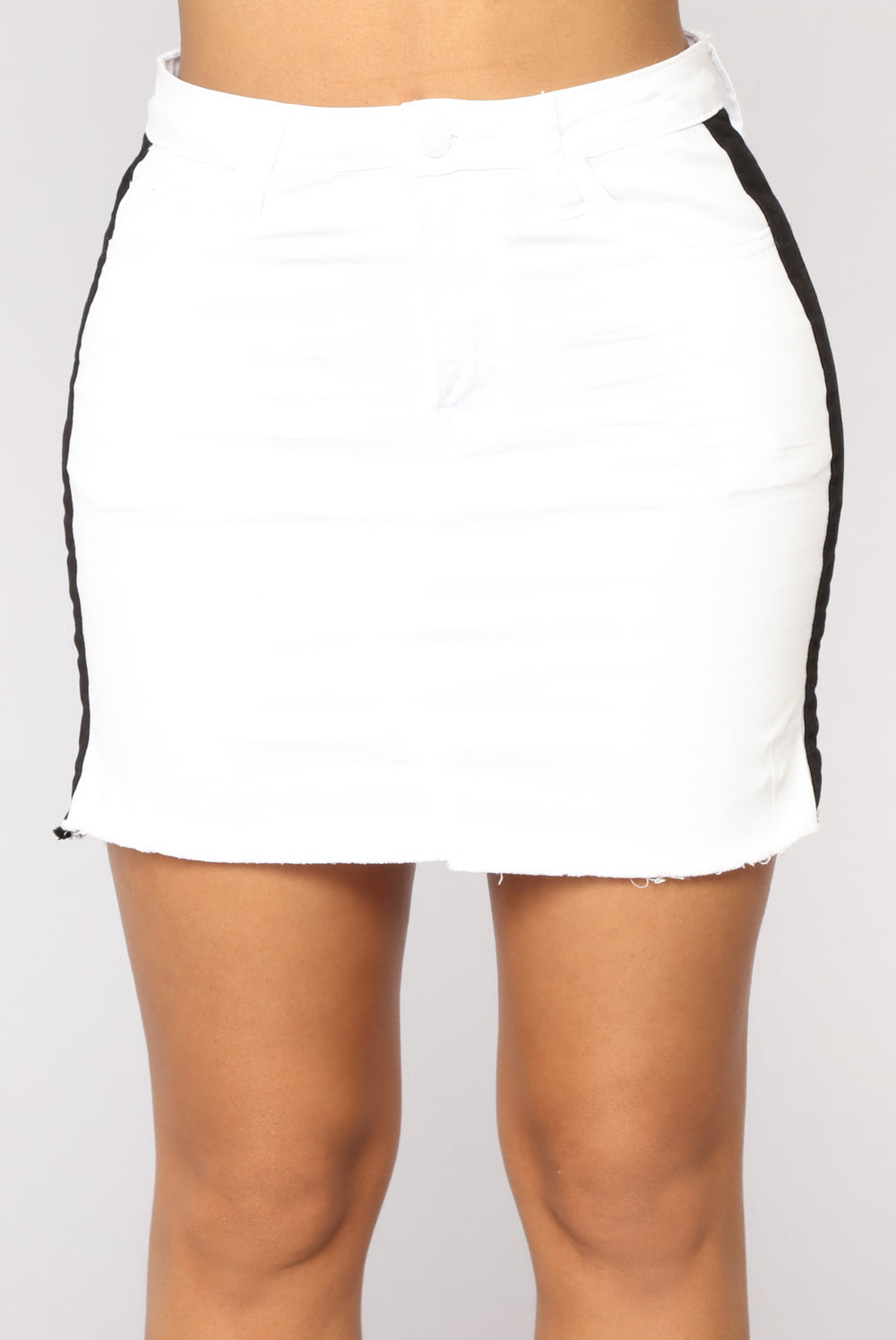 Side Eye You Skirt - White