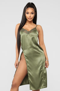 Ma petite Amie Gown - Green Angle 1