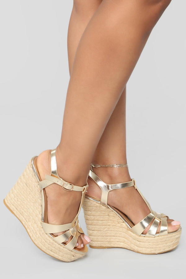 c57ee7cd89a Pardon Me Wedges - Gold