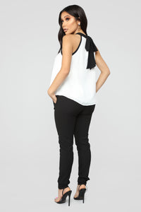Taking It From Here Blouse - Ivory/Black