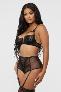 Yours For The Night Lace 2 Piece Set - Black Angle 3