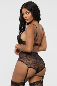 Yours For The Night Lace 2 Piece Set - Black