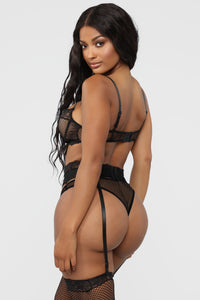 Master Suite Fishnet 3 Piece Set - Black Angle 5