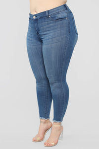 Chica Amor Skinny Jeans - Medium Wash
