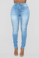 Statuesque Booty Lifting Jeans - Light Blue Wash