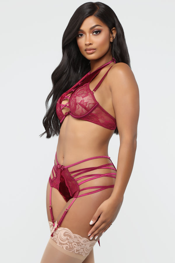 1bde687b2ce9f9 Midnight Miss Lace Velvet 2 Piece Set - Wine
