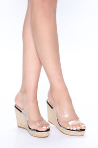 Treat Me Right Wedges - Black Angle 1