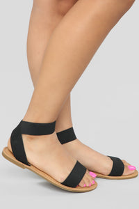 Undivided Attention Flat Sandals - Black Angle 1