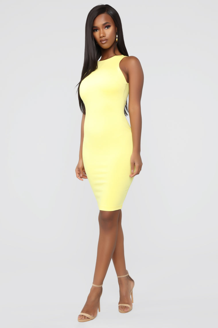 Melinda Body Sculpting Midi Dress - Yellow