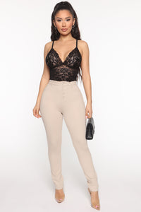 Get To The Ponte Skinny Pants - Taupe