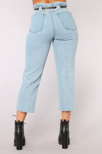 Goes Down Smooth Mom Jeans - Medium Blue Wash