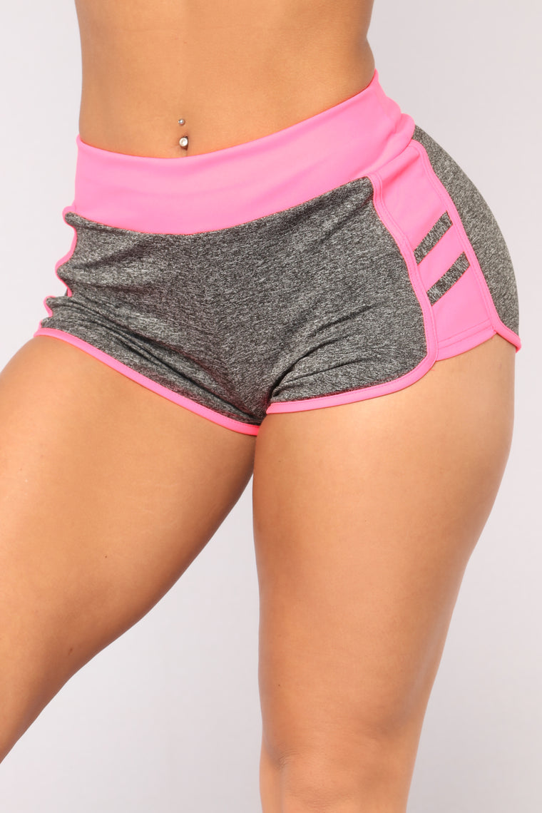 Never Last Place Active Shorts - Pink