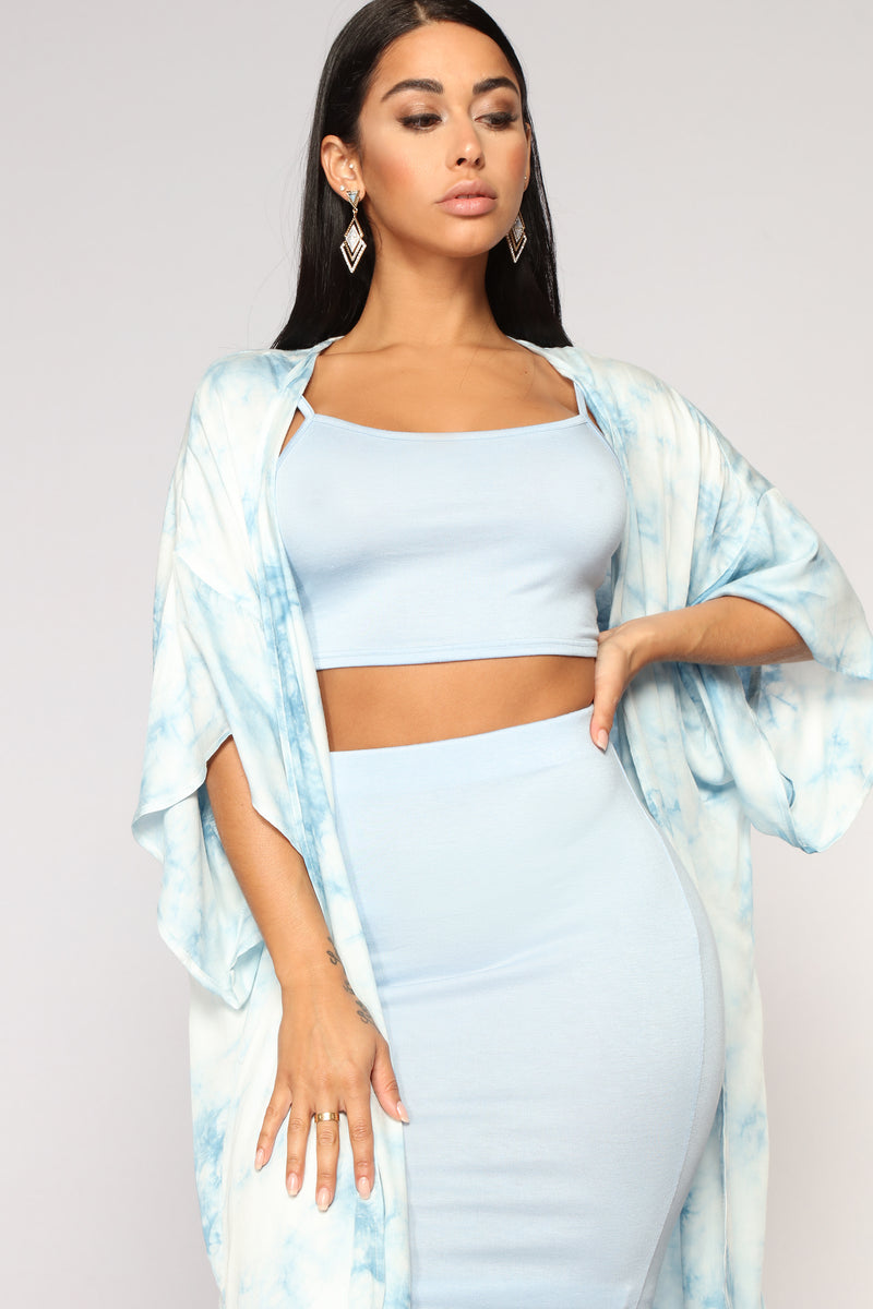 Up In The Clouds Kimono - Blue
