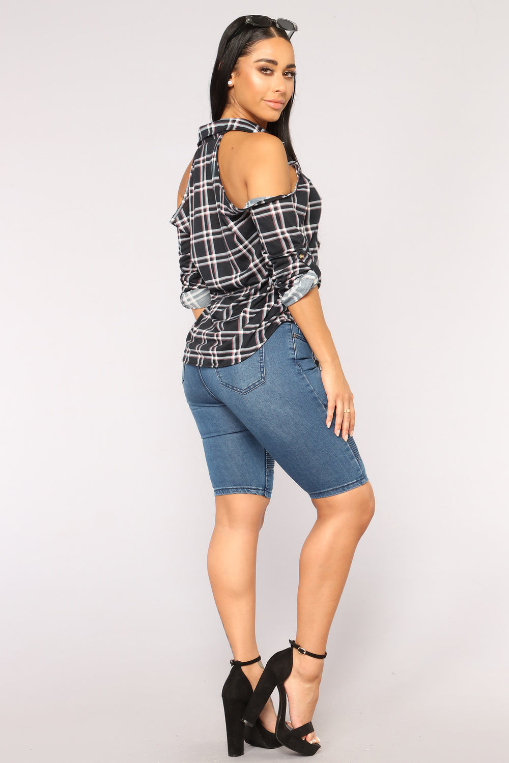 New Day New Plaid Top - Black Combo