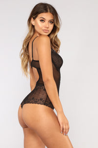 Lovers Embrace Lace Teddy - Black