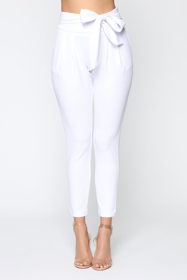 b43952fc4f12d Booked And Busy Pants - White
