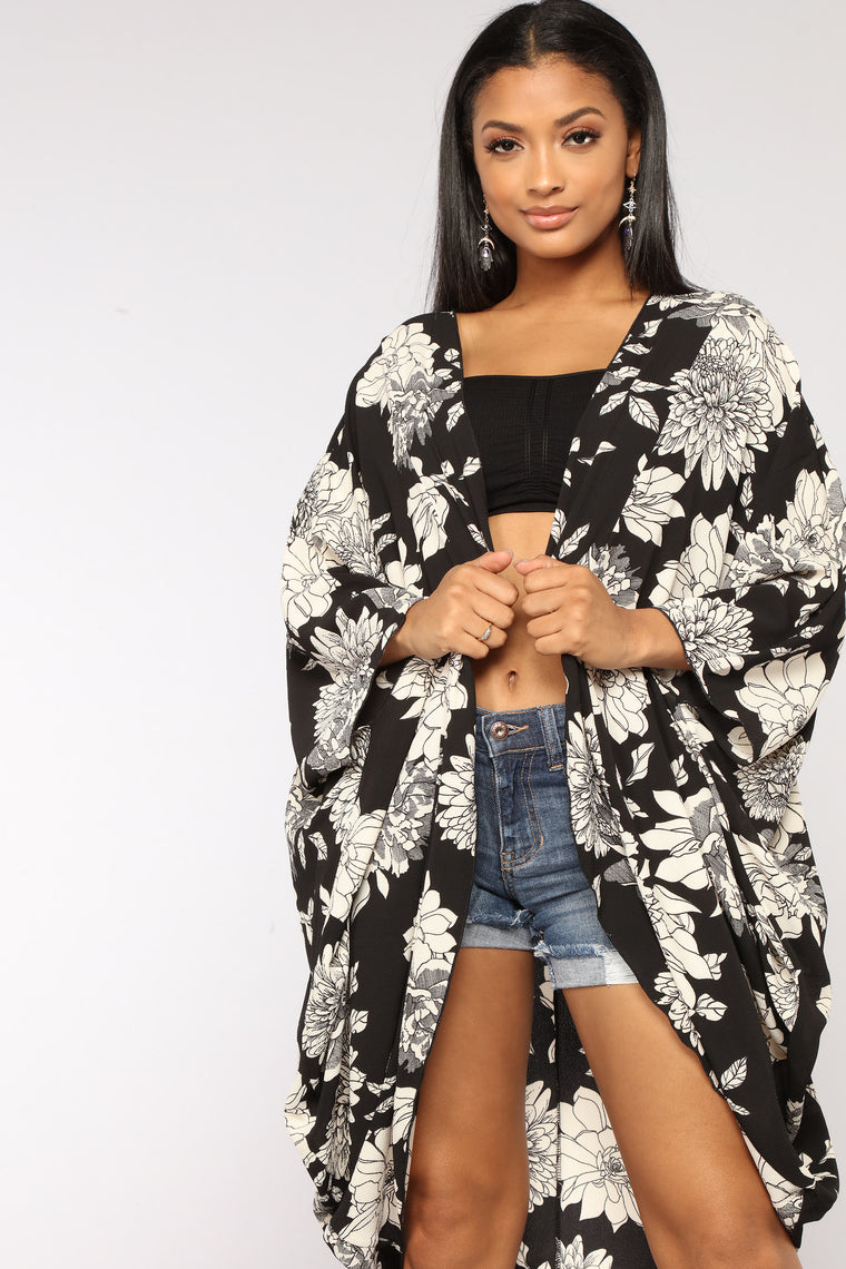 Always Blooming Floral Kimono - Black/Ivory