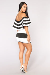 Get A Clue Bandage Dress - Black/White