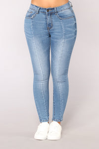 Hollywood & Vine Ankle Jeans - Medium Blue Wash