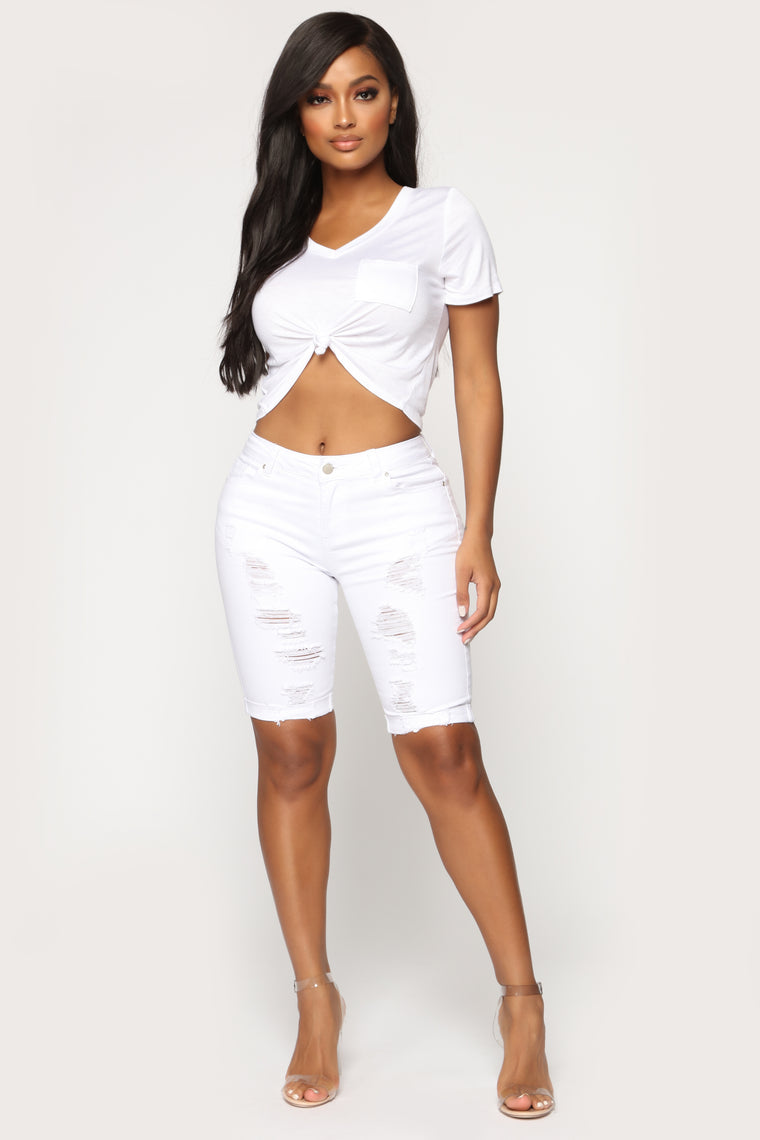 Dehlia Distressed Bermuda Shorts - White