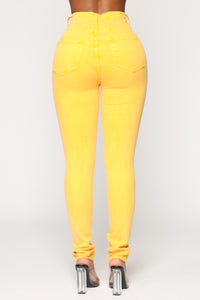 Do It Like This High Rise Jeans - Mustard