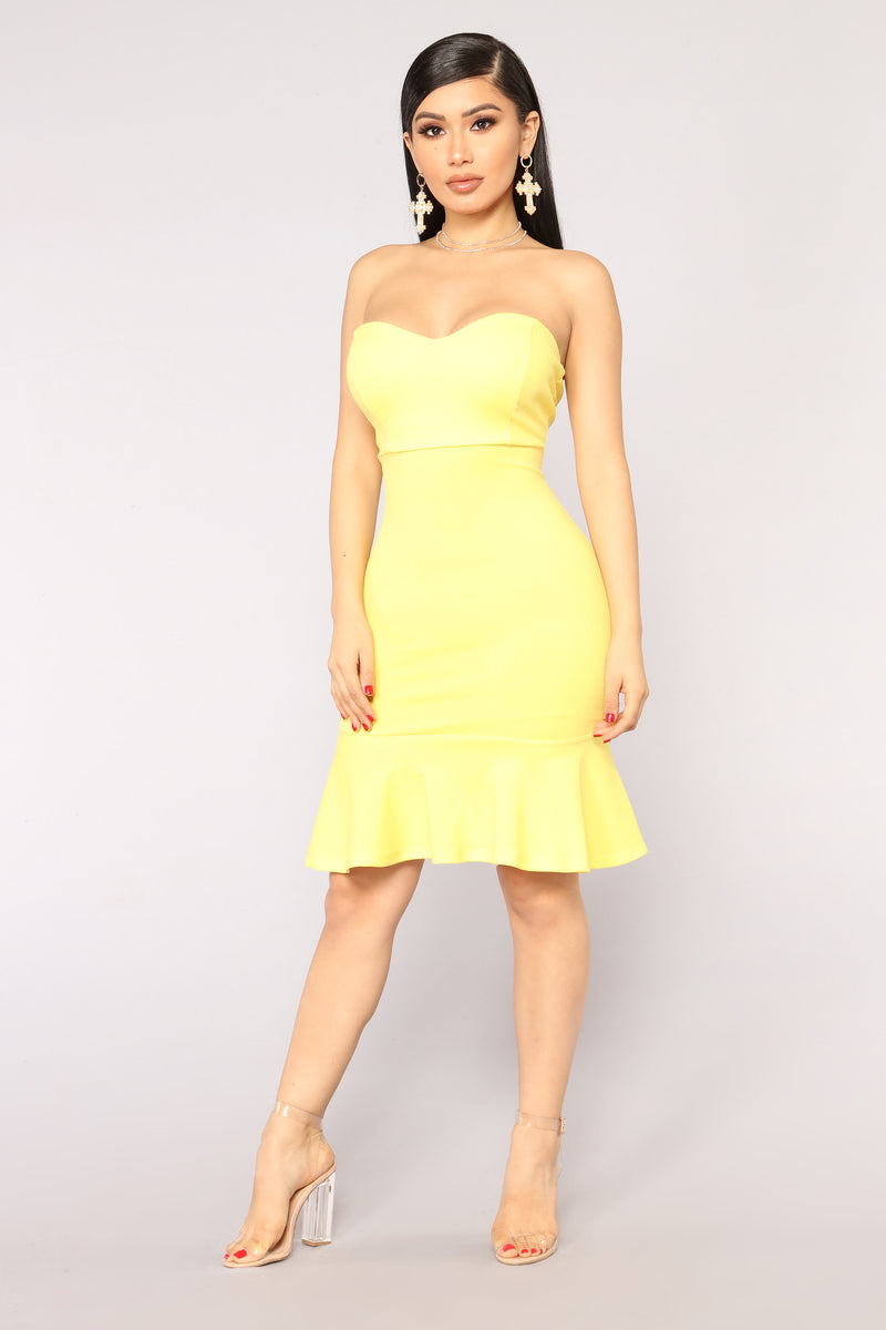 f4ec06b11a Deeanne Tube Dress - Yellow